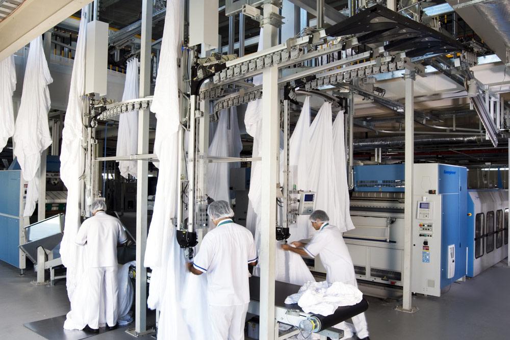 Laundry Services Dubai I Emirates Flight Catering